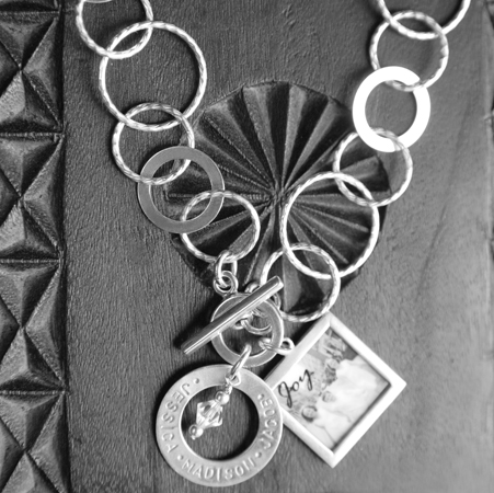 large-circle-necklace
